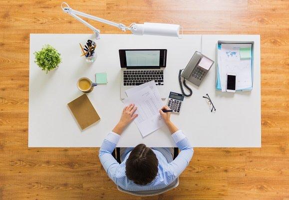 Diferencia entre una cotización poner precio a algo y estimación por gestoría online particulares